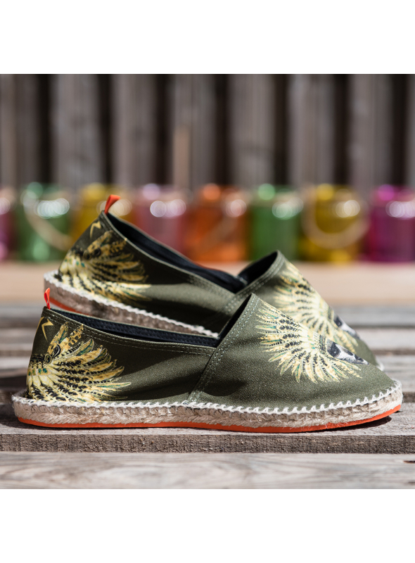 "Espadrilles ""What The Funk Collection "" modèle Sully kaki"